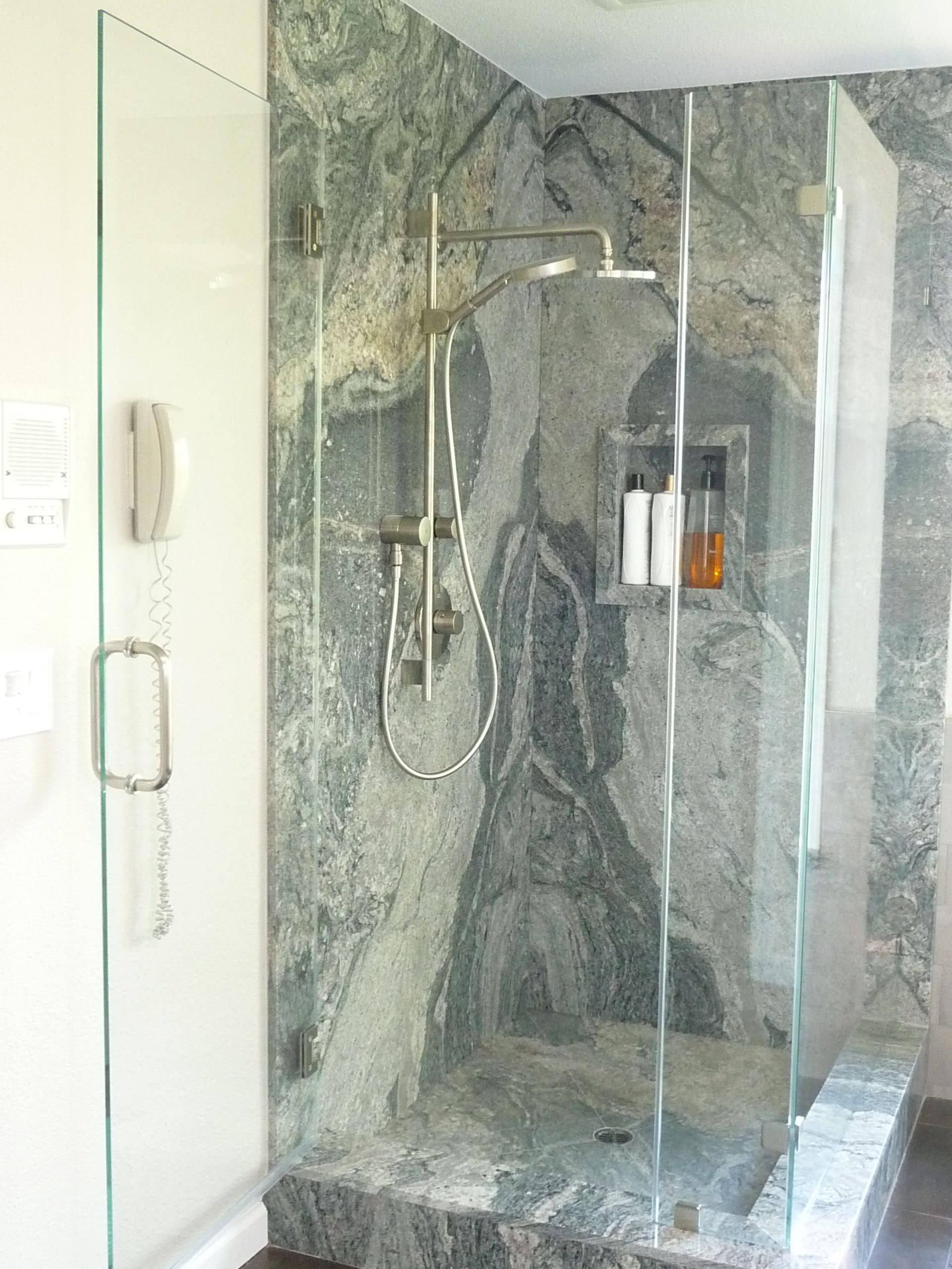 HOW-TO-UPDATE-YOUR-BATHROOM5-2