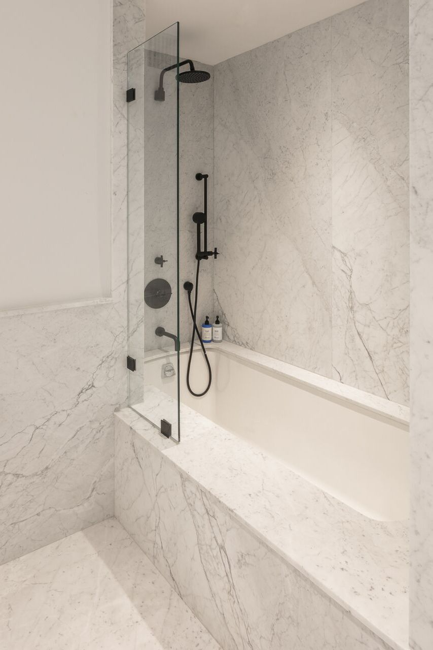 HOW-TO-UPDATE-YOUR-BATHROOM6